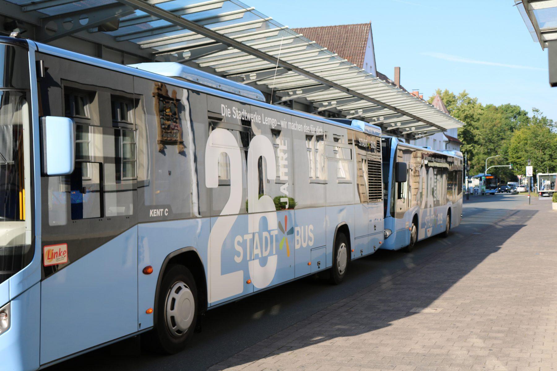 Stadtbusse am Lemgoer Treffpunkt